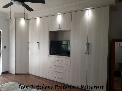 Bic s and vanities icon kitchens for Kitchen designs namibia